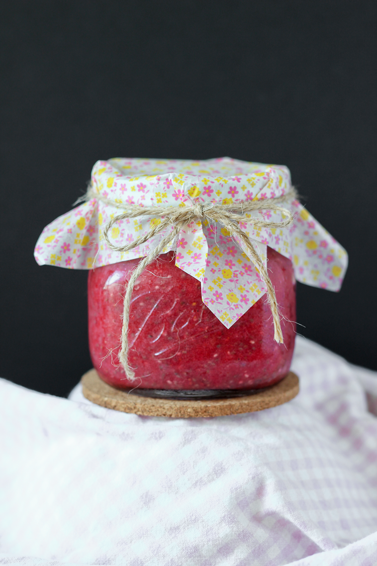 Raw Strawberry Jam